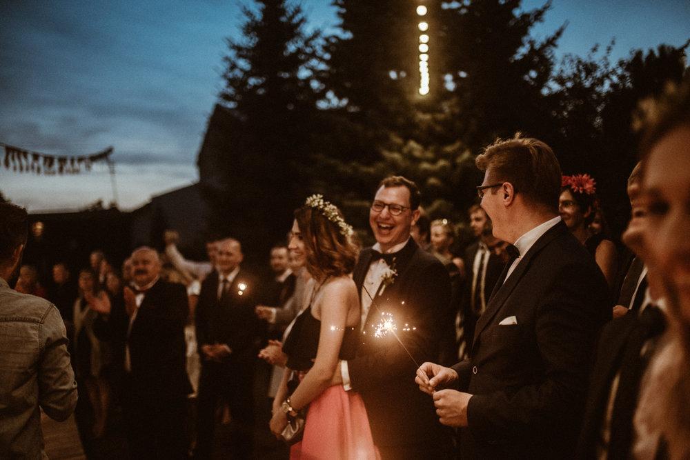 Scotland Romantic Barn Wedding _ rafal bojar 118.jpg