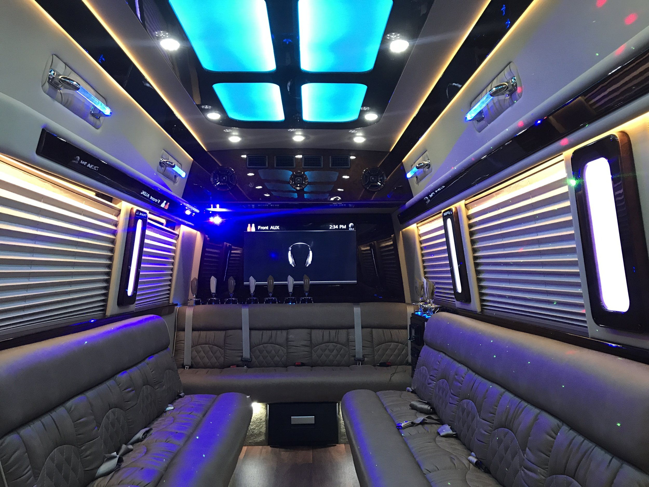 Book Our New Mercedes Limo   Seats Up To 15!   Book Limo