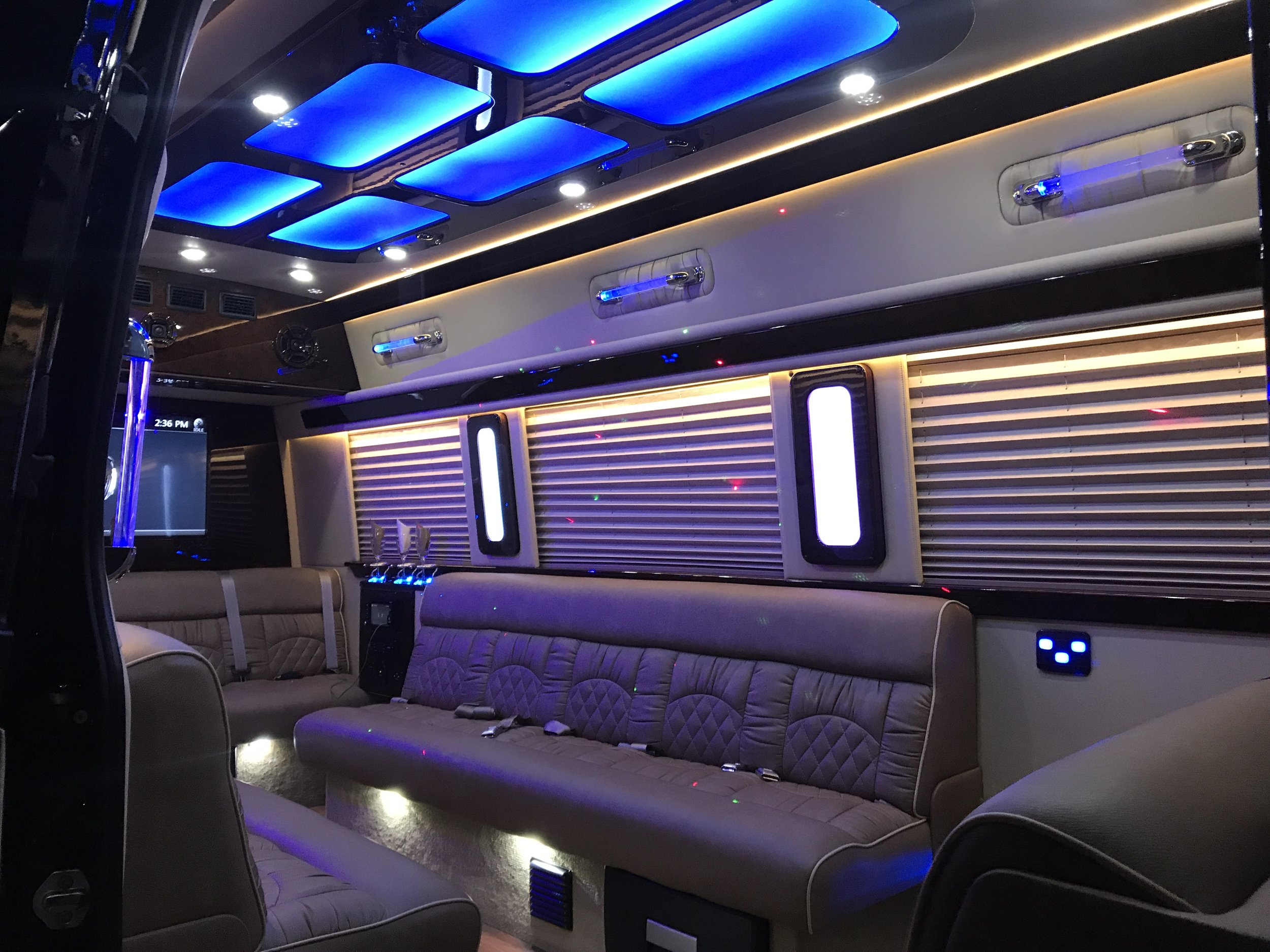 A Stars Mercedes Sprinter located in Palos Heights, IL