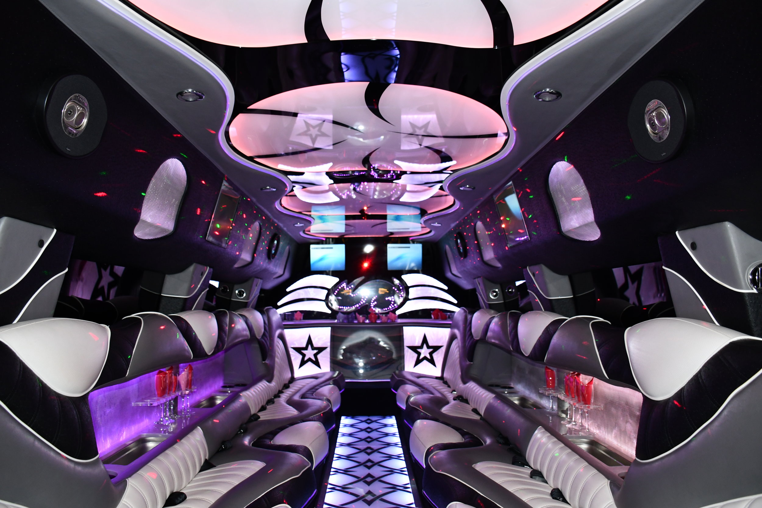 A Stars Hummer located in Palos Heights, IL