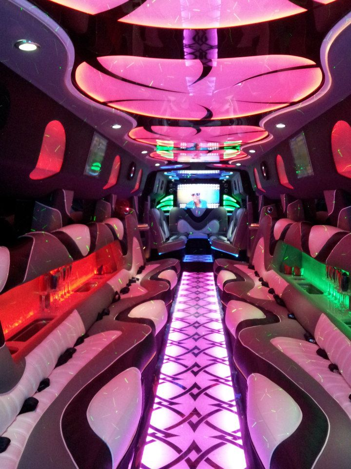 A Stars Limo | Hummer Rides in Palos Heights | Hummer Rides Palos Heights 6.jpg