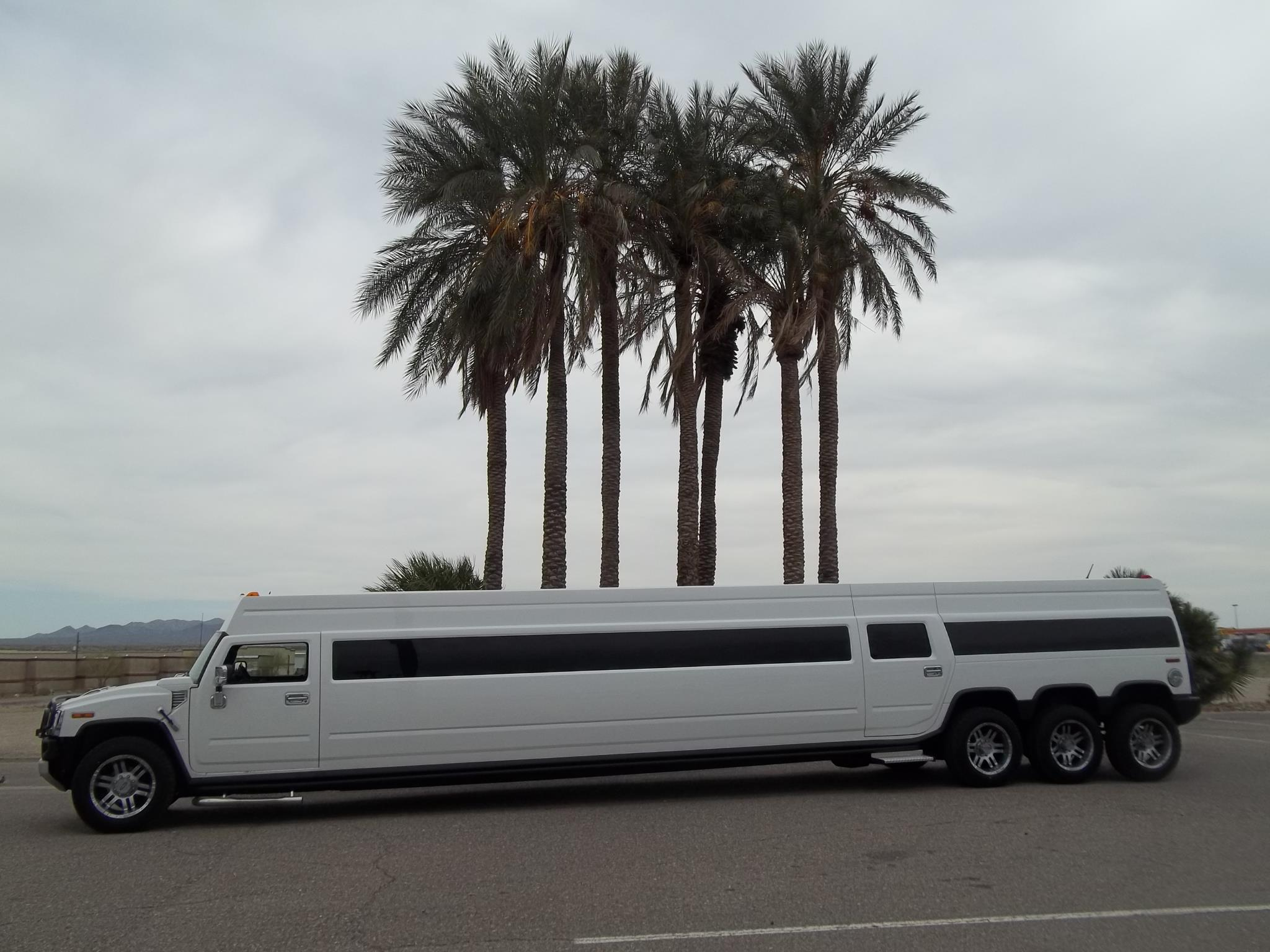 A Stars Limo | Hummer Rides in Palos Heights | Hummer Rides Palos Heights 2.jpg