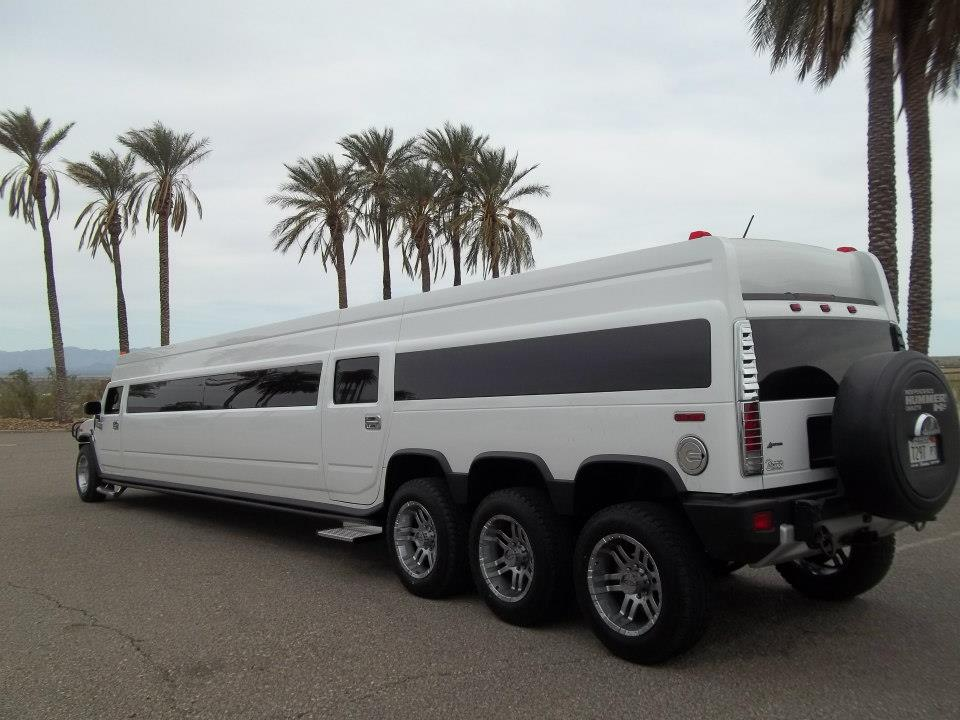 A Stars Limo | Hummer Rides in Palos Heights | Hummer Rides Palos Heights 4.jpg