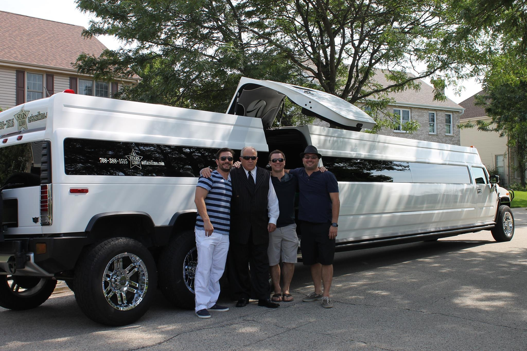 A Stars Limo | Hummer Rides in Palos Heights | Hummer Rides Palos Heights 7.jpg