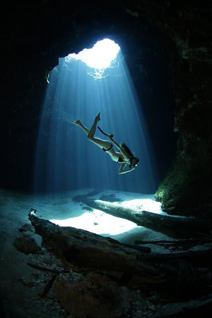 A beautiful photo of Jug Hole by Igor Liberti.  http://igorliberti.blogspot.com/2016/06/into-ashleigh-baird-cathedrals.html