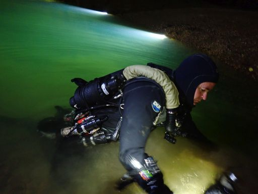 High end equipment produces results: Light Monkey 32W LED light and heated vest cannister batteries, Light monkey 800 foot reels, KISS Sidewinder rebreather and DUI CF200 Drysuit.