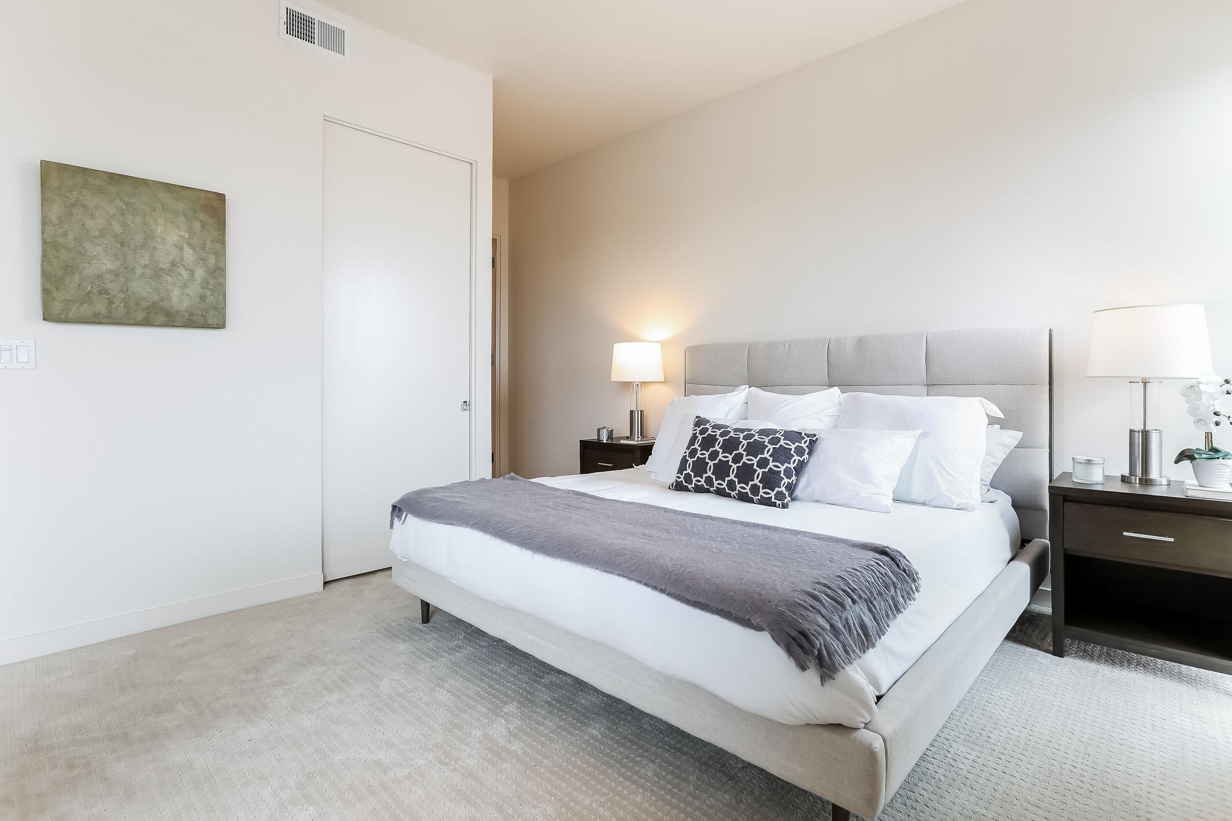 021-photo-master-bedroom-6209682 copy.jpg