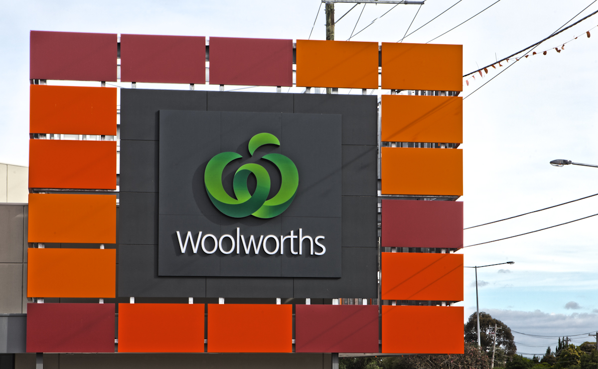 Bentleigh Group signs Woolworths signs case study supermarket signage