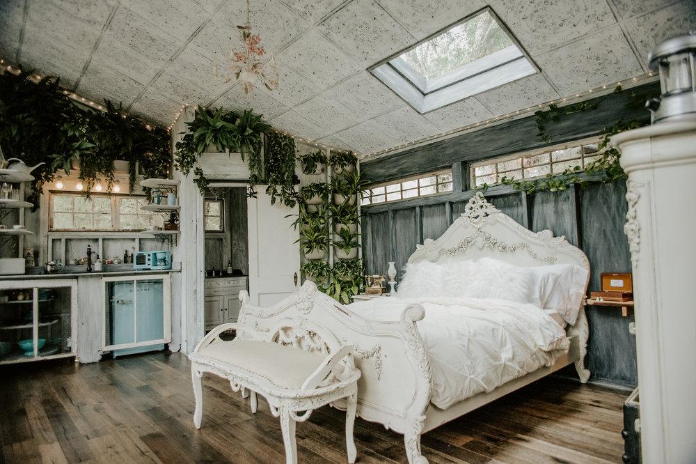 The Living Room Treehouse — BOLT FARM TREEHOUSE