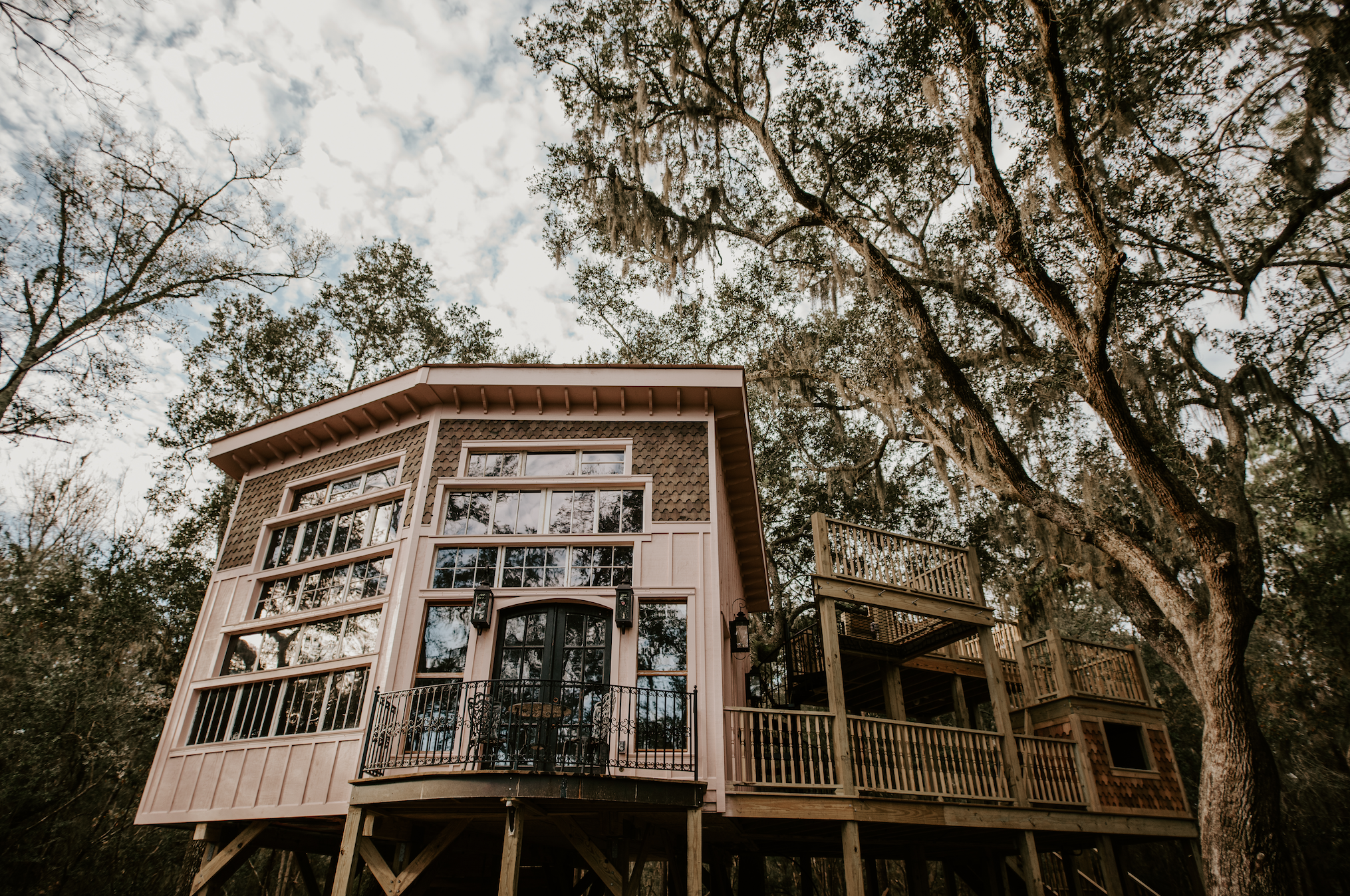 THE CHARLESTON TREEHOUSE - charming, Historic, luxurious, waterfrontCHARLESTON, SC