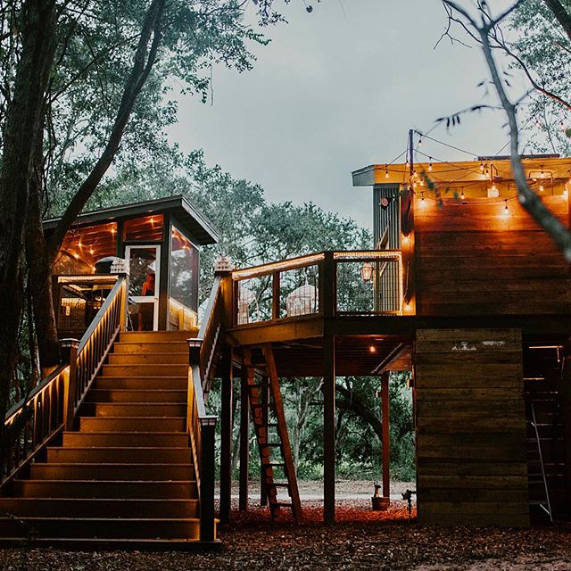 The Living Room Treehouse has been upgraded to Airbnb Plus! 🏆🏅To celebrate, we made a few reservations available in July & August. Tag a friend who's looking for some summer fun! (Link in bio)