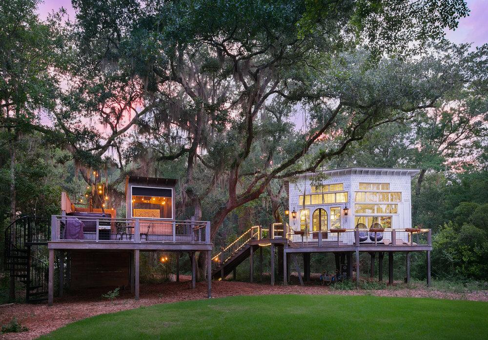 Book a month at The Honeymoon Treehouse — BOLT FARM TREEHOUSE