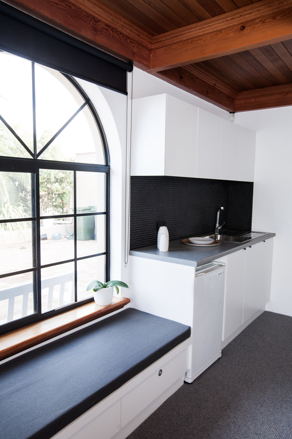 Study Kitchenette & Window Seat