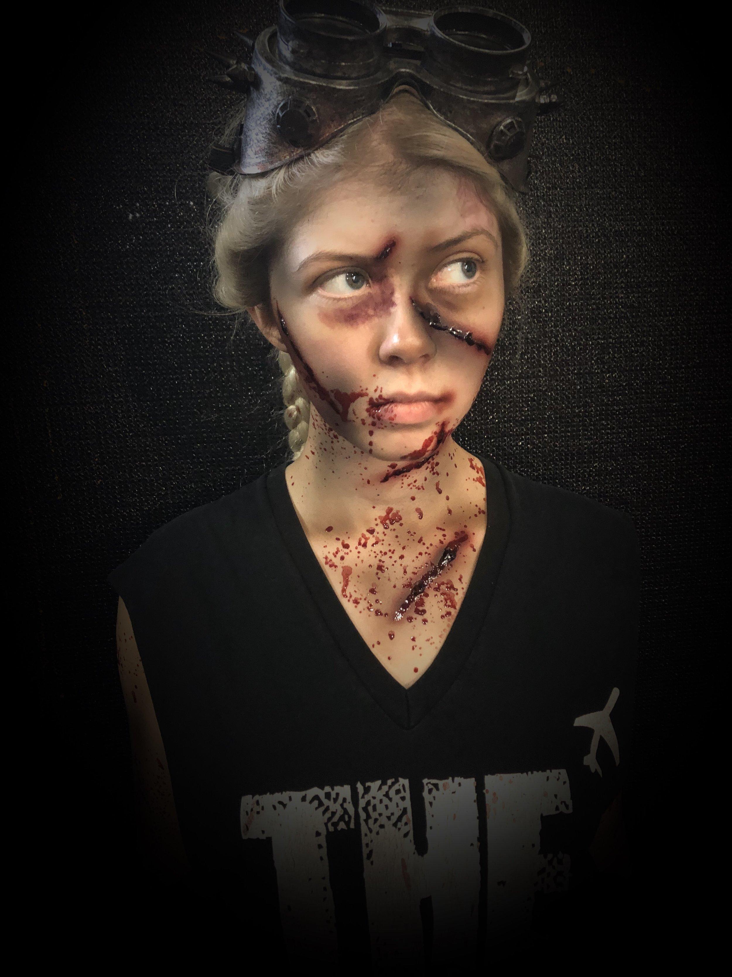 Character: Zelda  Event: Halloween Horror Nights 28