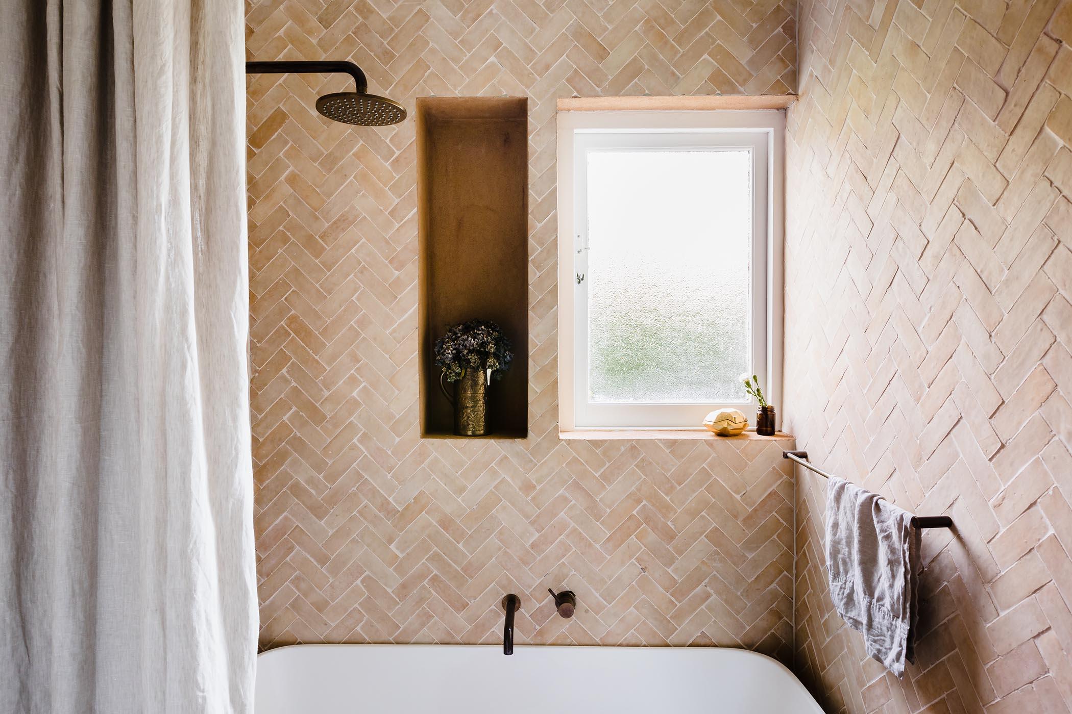 STUDIO EZRA INTERIOR TILESOFEZRA Georgia Ezra Home Feature shower Mosaic Moroccan Bejmat feature wall tile shower bathtub.jpg