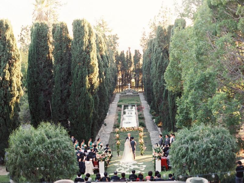 0472-Lindsey-+-Kyle-Wedding-Custom-Copy.jpg