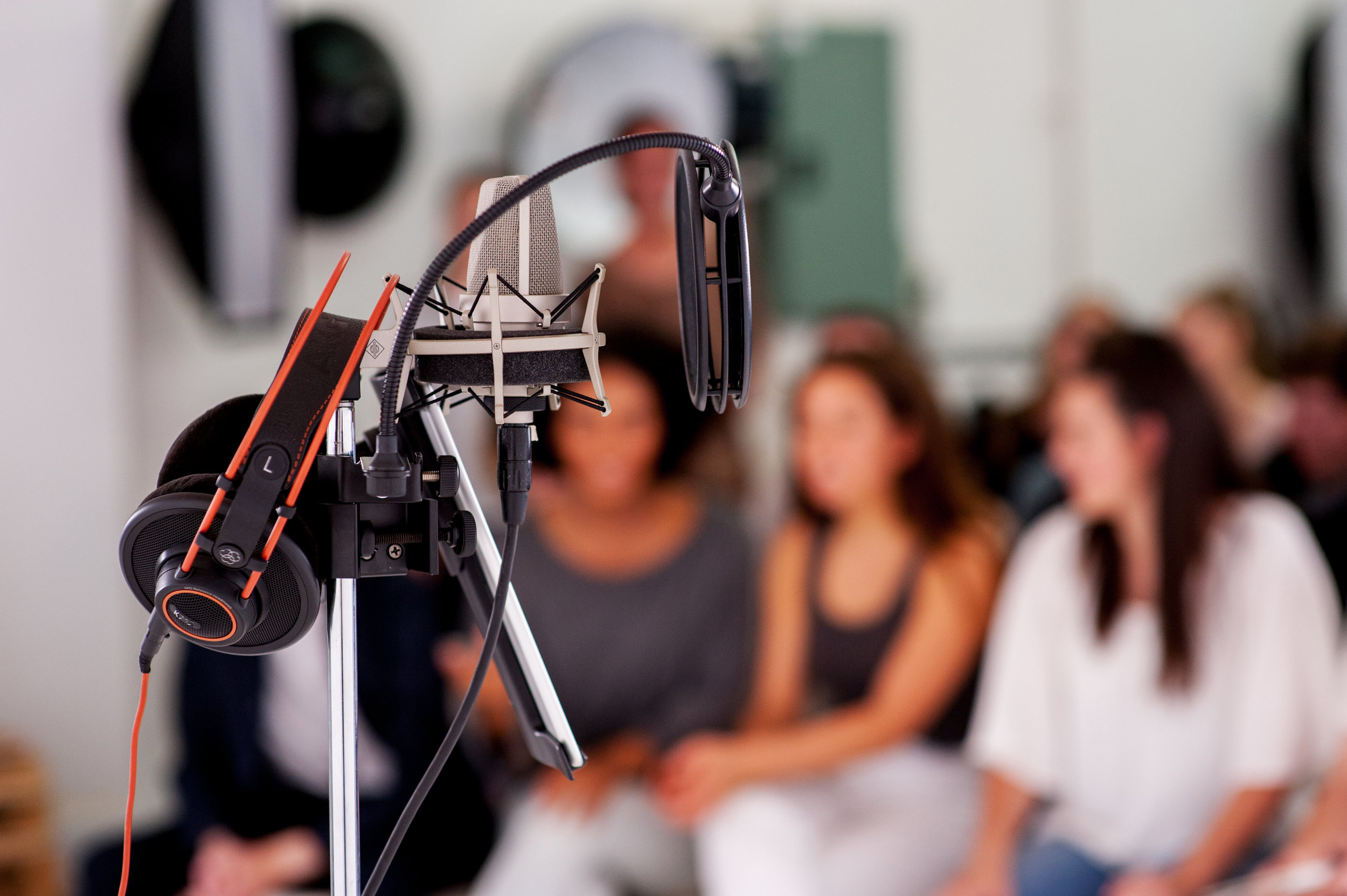 A workshop coming to Perth will show you how to launch a full time business as a professional voice artist.
