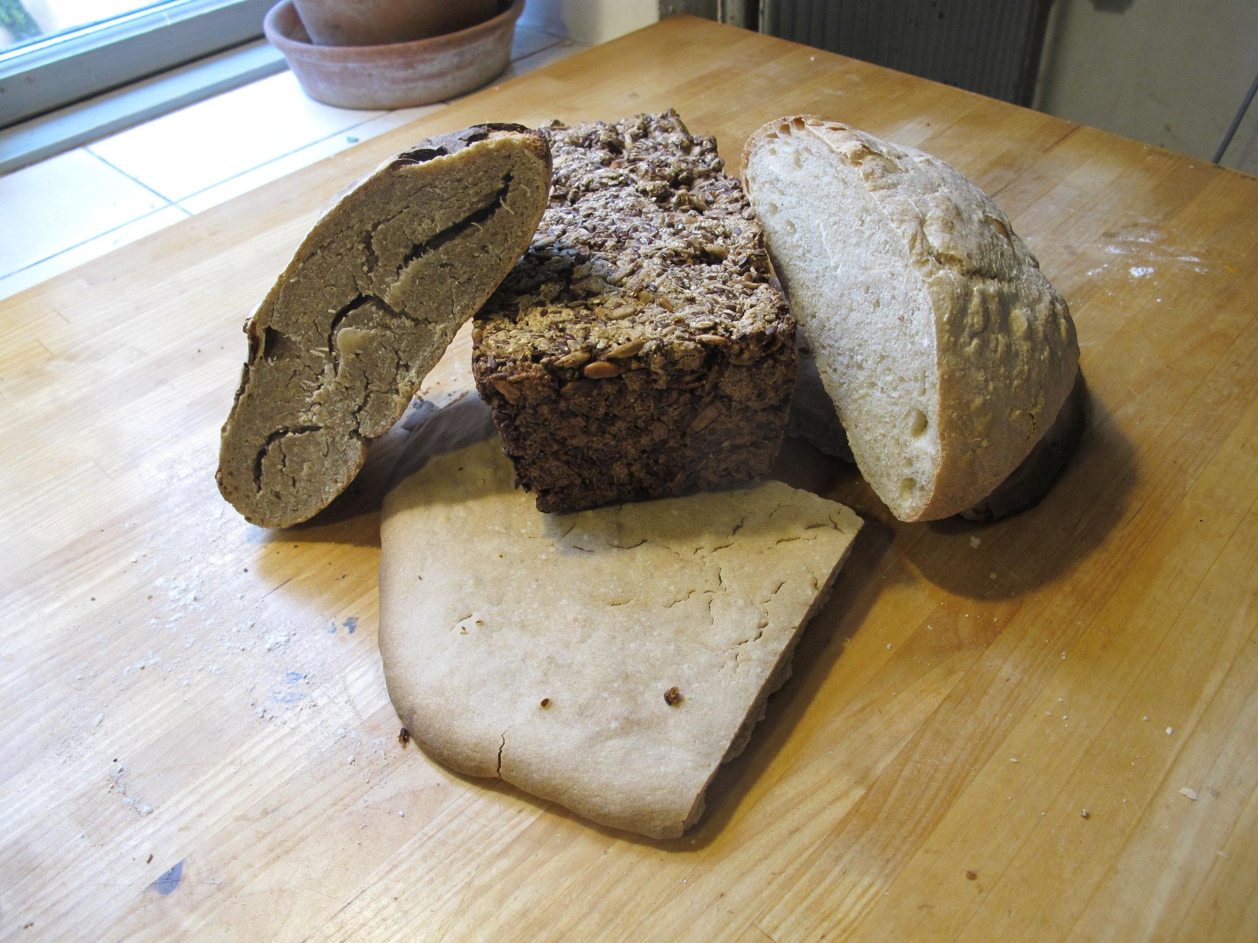 """Ciabatta, rugbrød, grahamshvedebrød og """"ølandshvedefladbrød"""""""