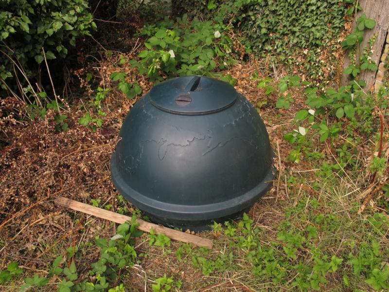 Denne lille kompostglobus forslår ikke på den lange bane, men det er en start - og den koster gratis.