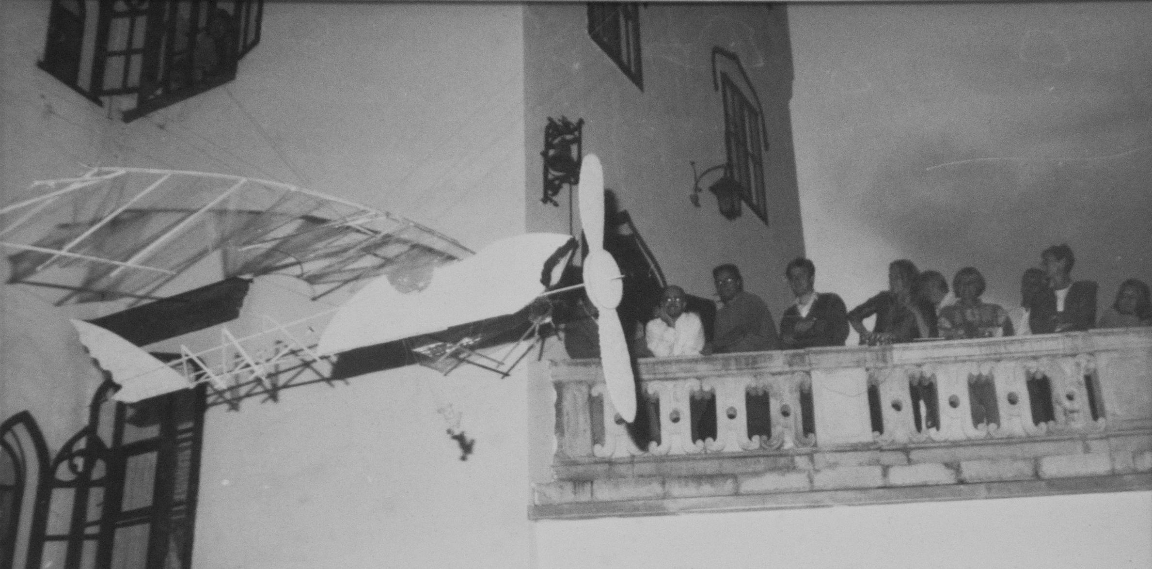 Repülőgépmodell, 1992