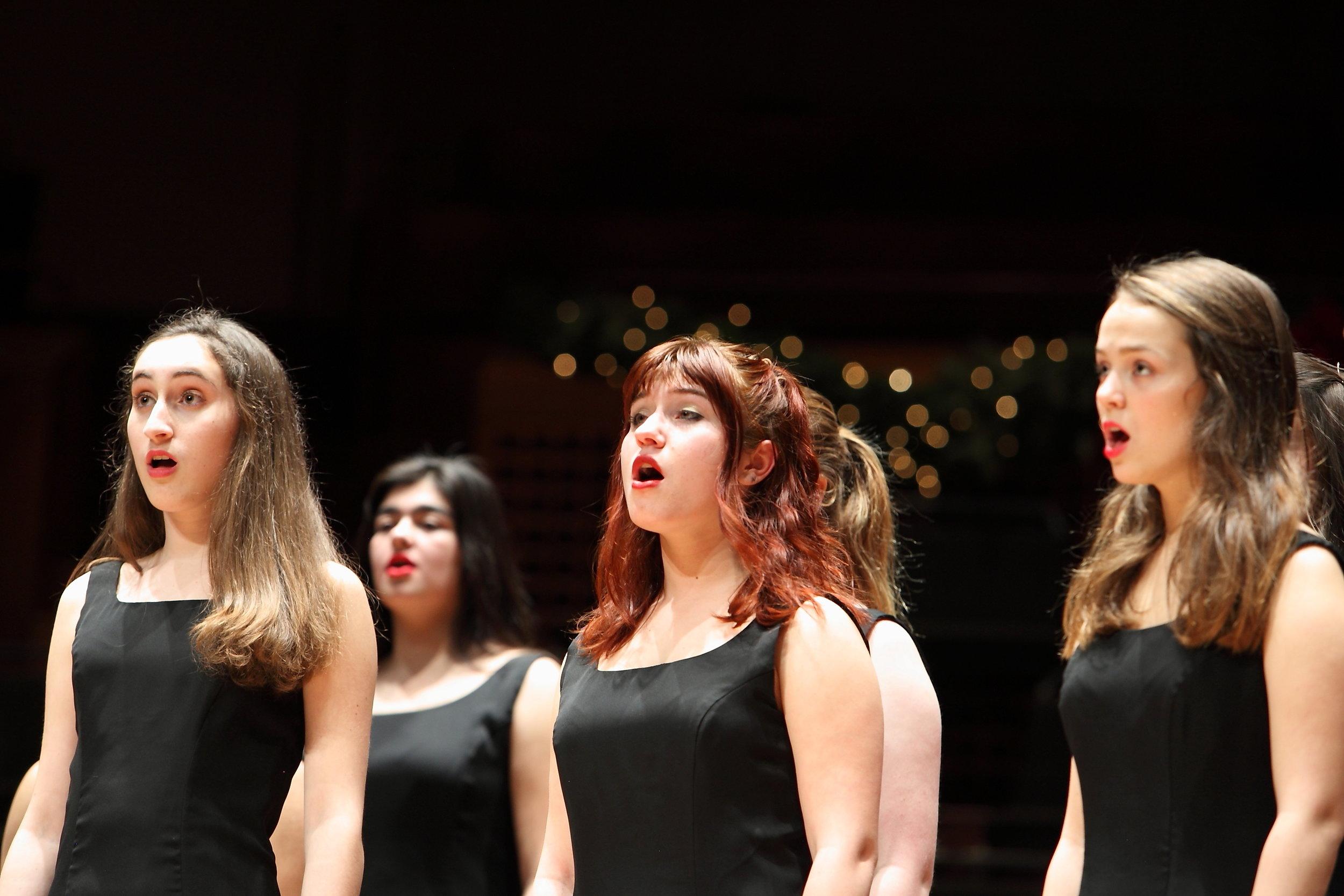 San Francisco Girls Chorus (photo credit Ben La)