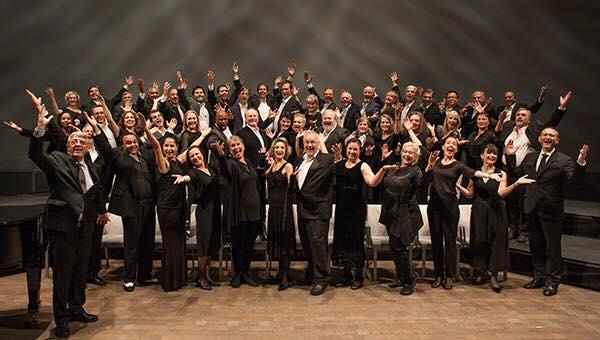 Ian and the San Francisco Opera Chorus after their Chorus Concert this year.