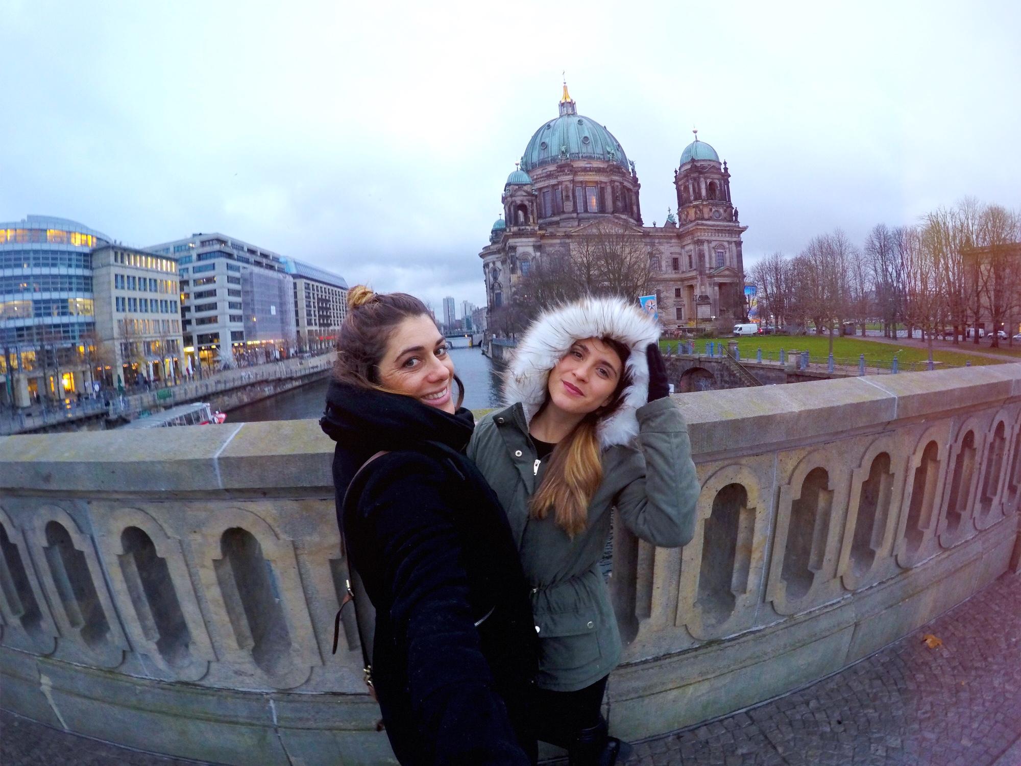 Passeio pela Ilha dos Museus e vista para a Catedral de Berlim