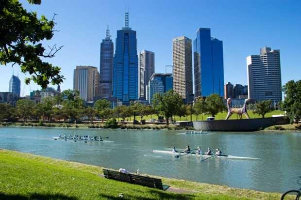 Australia tem muito sol, vida ao ar livre e muito esporte - foto Melbourne timeshighereducation