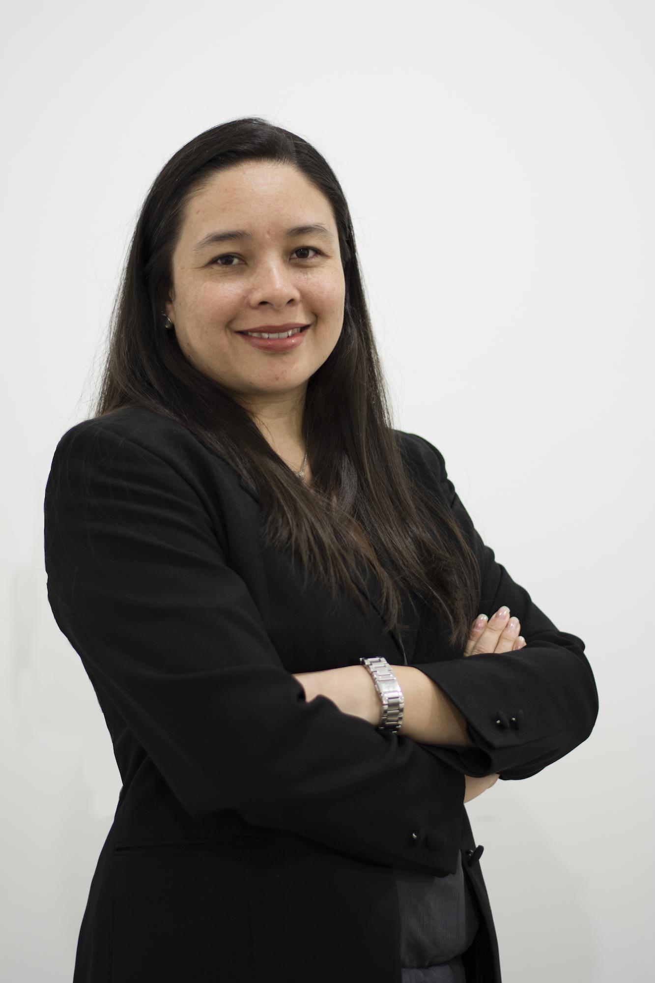 Lesly Véliz - Directora de la Unidad de Comunicación EmpresarialLicenciada en Ciencias de la Comunicación, de laUniversidad Mariano GálvezMaestría de Comunicación Estratégica e Imagen Institucional, Universidad Rafael LandivarDiplomado de Periodismo como agente de Desarrollo Social, graduada con mención honorífica, Instituto Tecnológico de MonterreyCatedrática universitaria