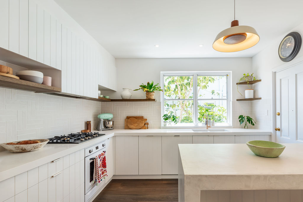 Kitchen - THE HEART OF YOUR HOMEVortex Building have a dedicated team of highly skilled tradesmen to ensure your kitchen is built to the highest standard.