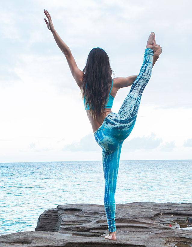 organic-yoga-clothing_long-legging_cosmic-wash-magic_05.jpg