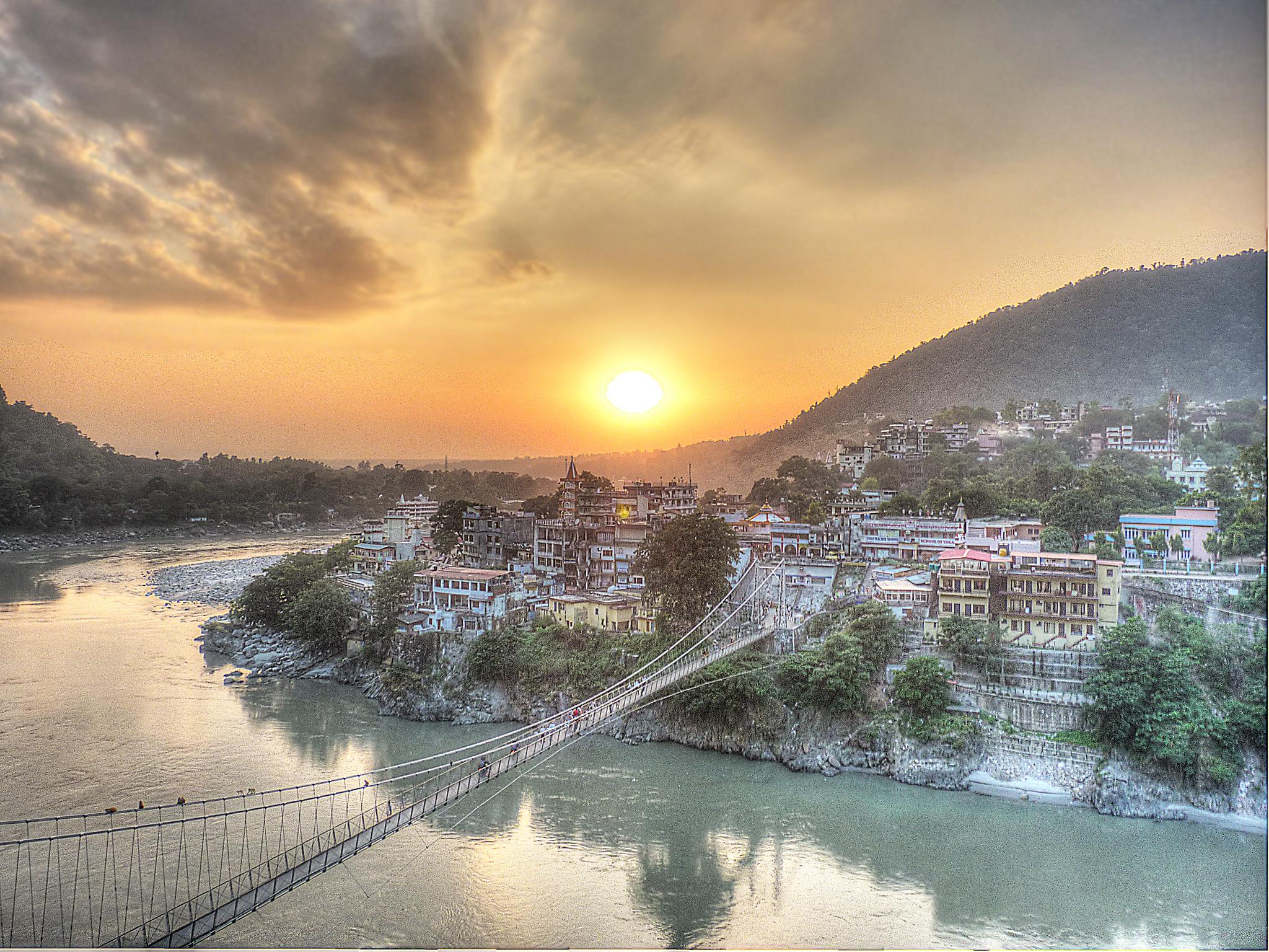 lakshman-jhula-sunset