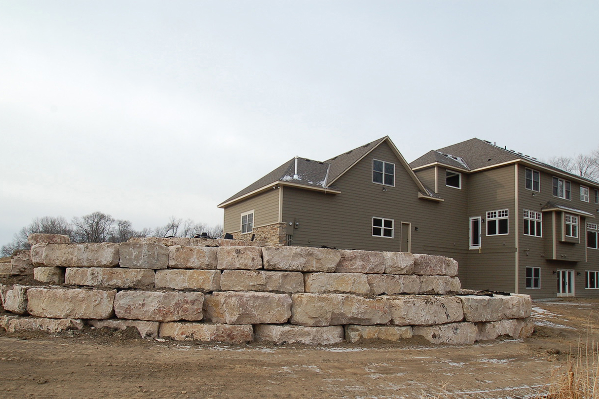 Traditional-boulder-retaining-walls