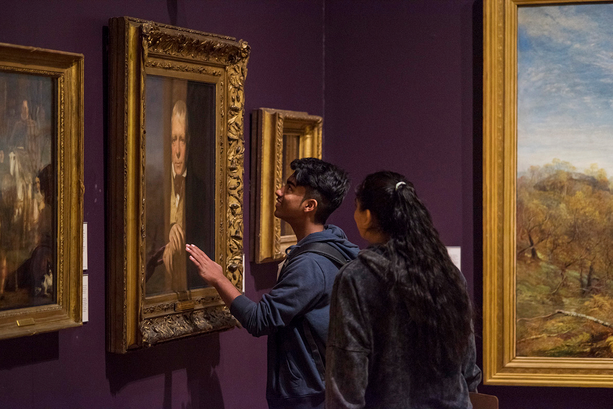 Culture/Events - Photographs of workshops, exhibitions and special events for the Manchester Art Gallery. Concerts and sporting events at the Emirates Old Trafford-Lancashire Cricket Club.
