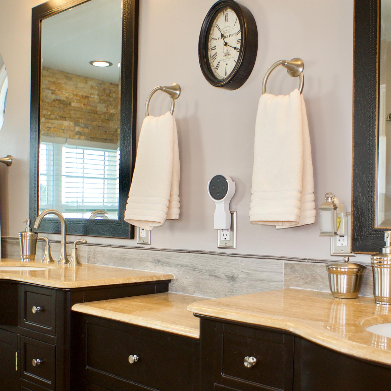 bill-white-bathroom-up.jpg