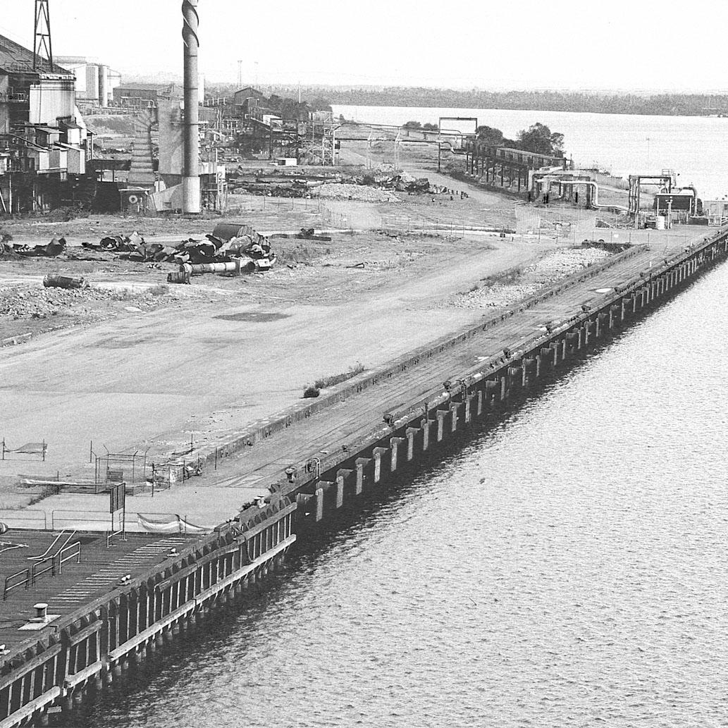 Wharf Mono.jpg