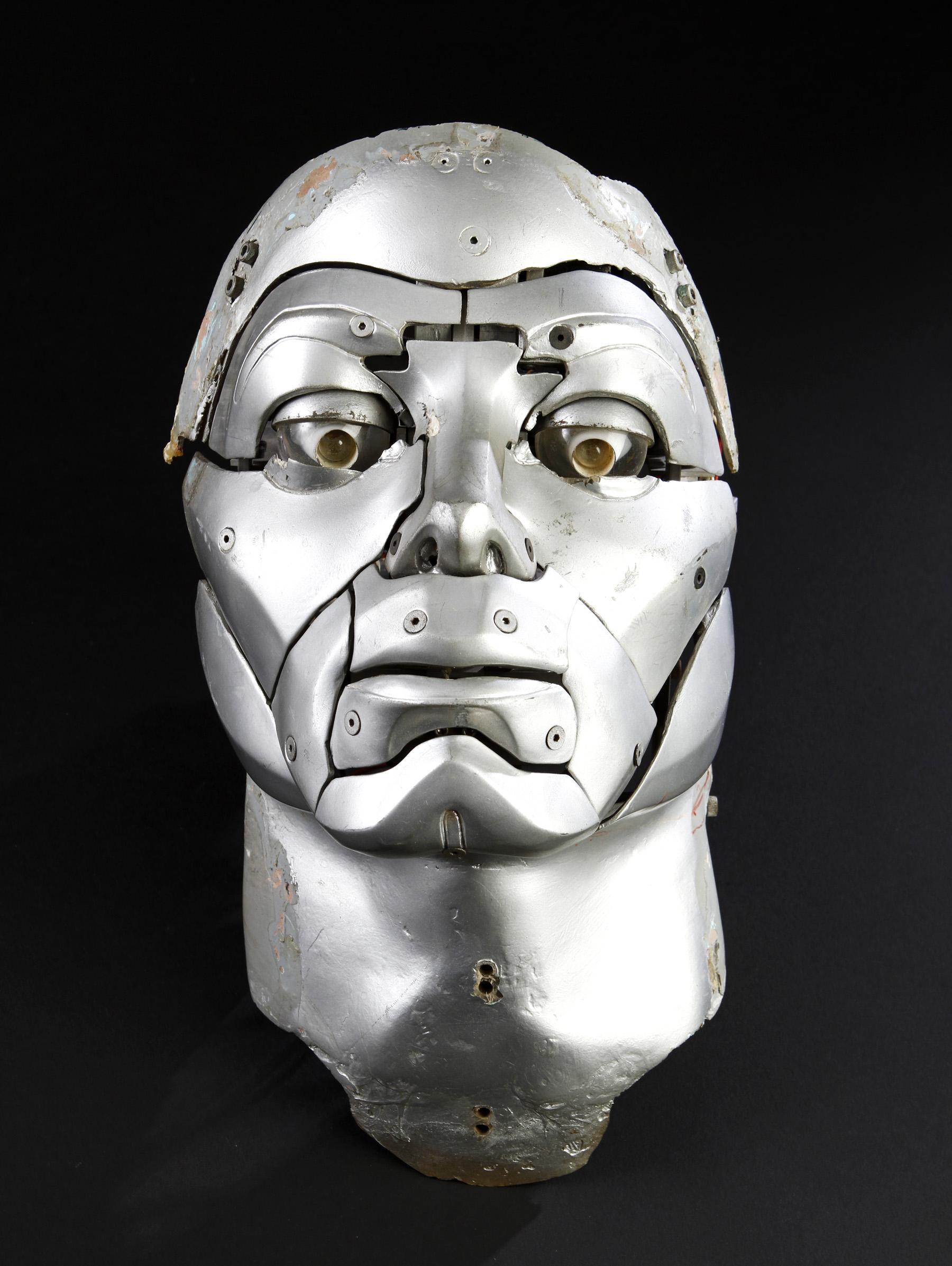 AuctionLot72-Prototype Michael Jackson Robotic Transformation Face-Moonwalker.jpeg