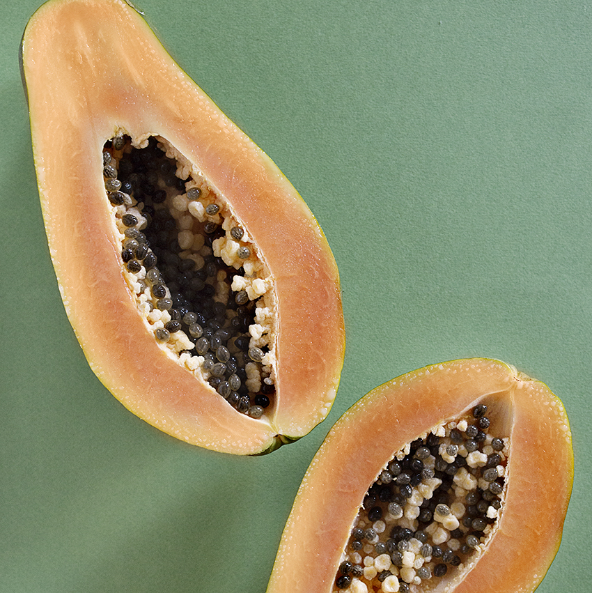the soup that served inside half of a papaya -