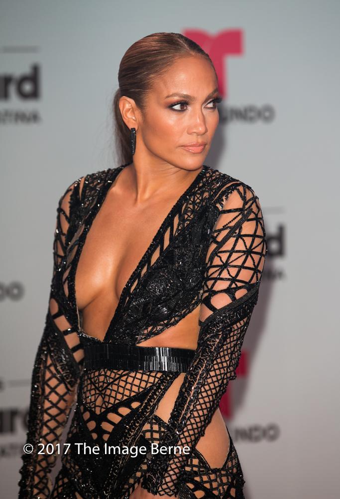Jennifer Lopez-356.jpg
