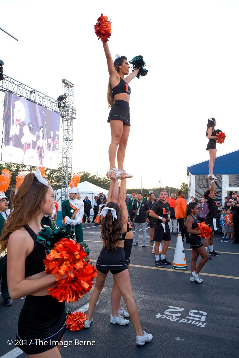 Cheerleaders-060.jpg