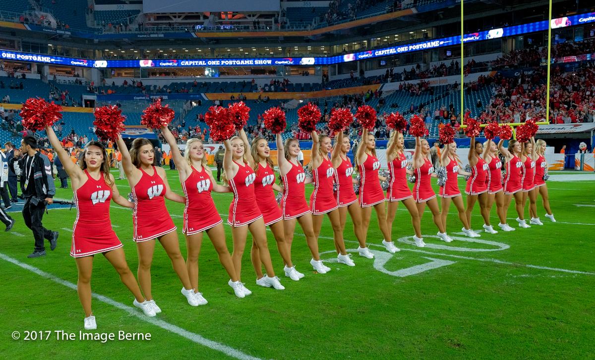 Cheerleaders-123.jpg