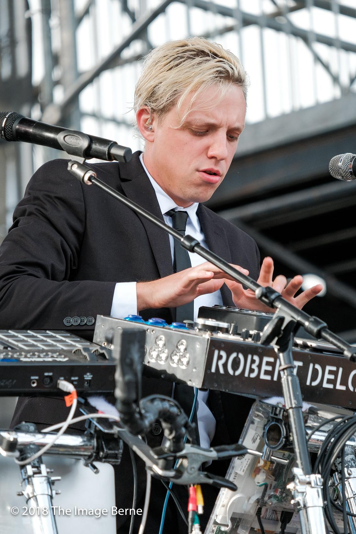 Robert Delong-152.jpg