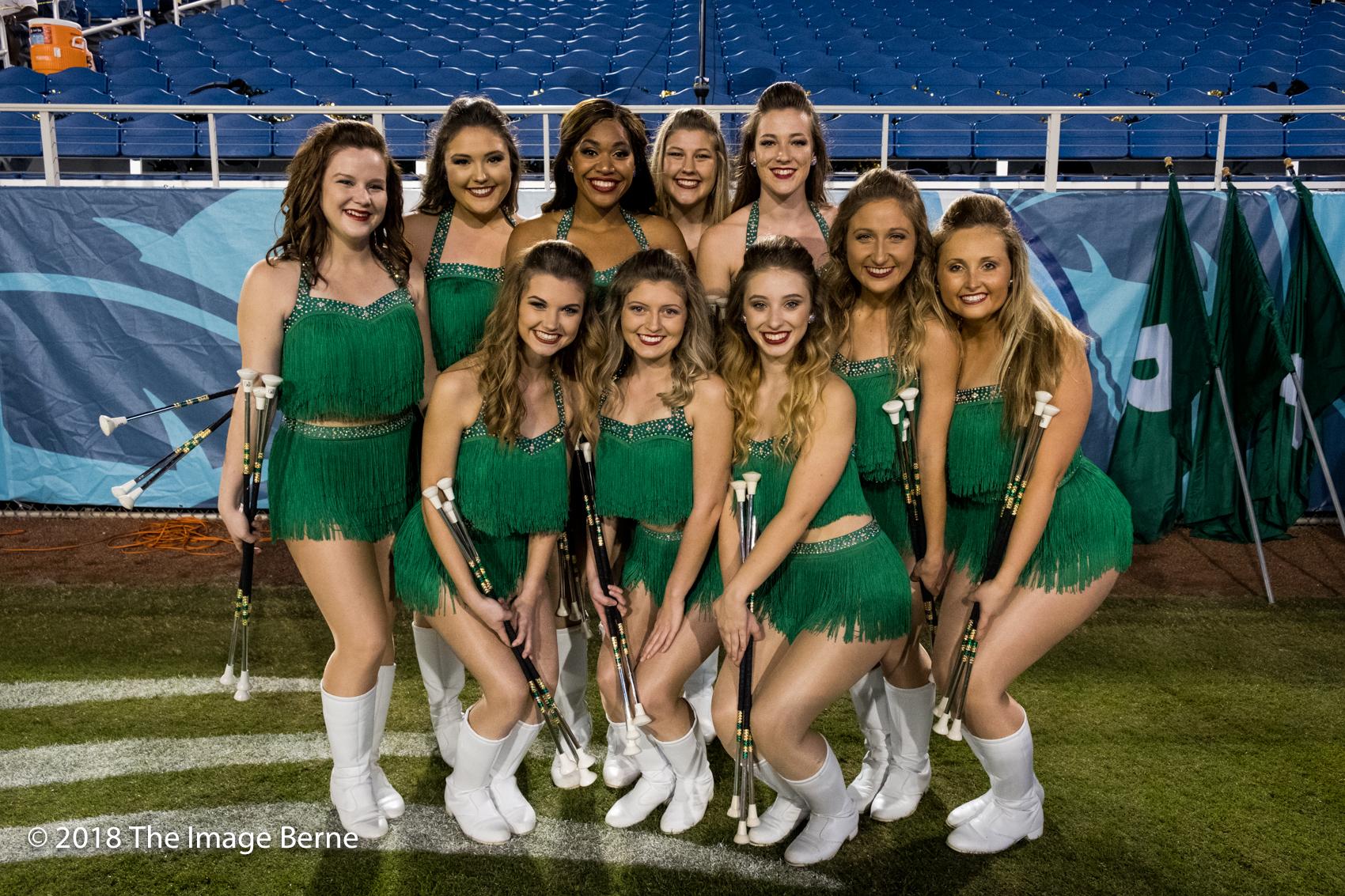 Cheerleaders-33.jpg