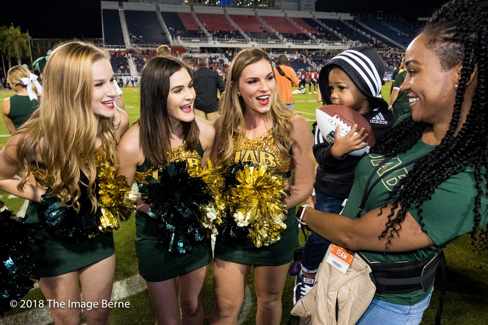 Cheerleaders-58.jpg