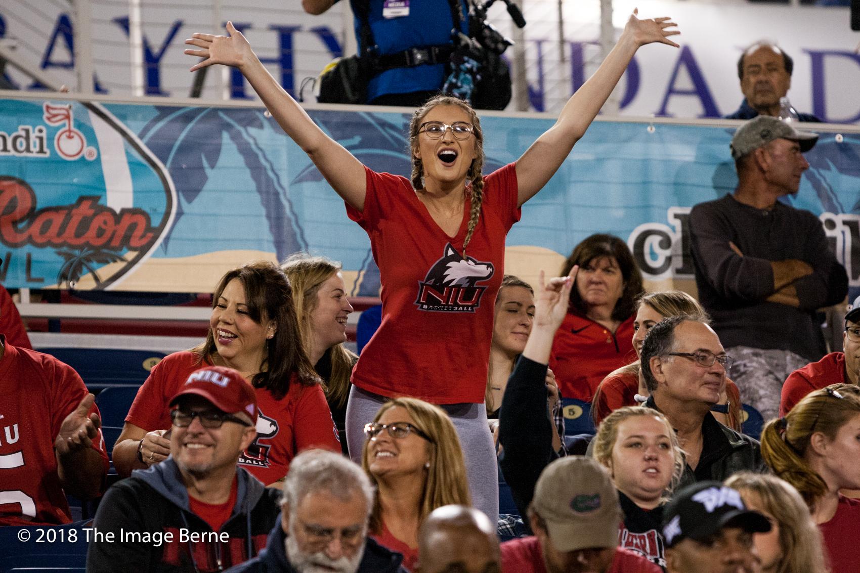 Fans-11.jpg