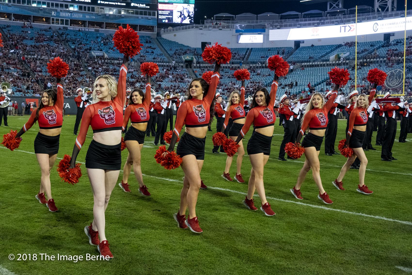 Cheerleaders-102.jpg