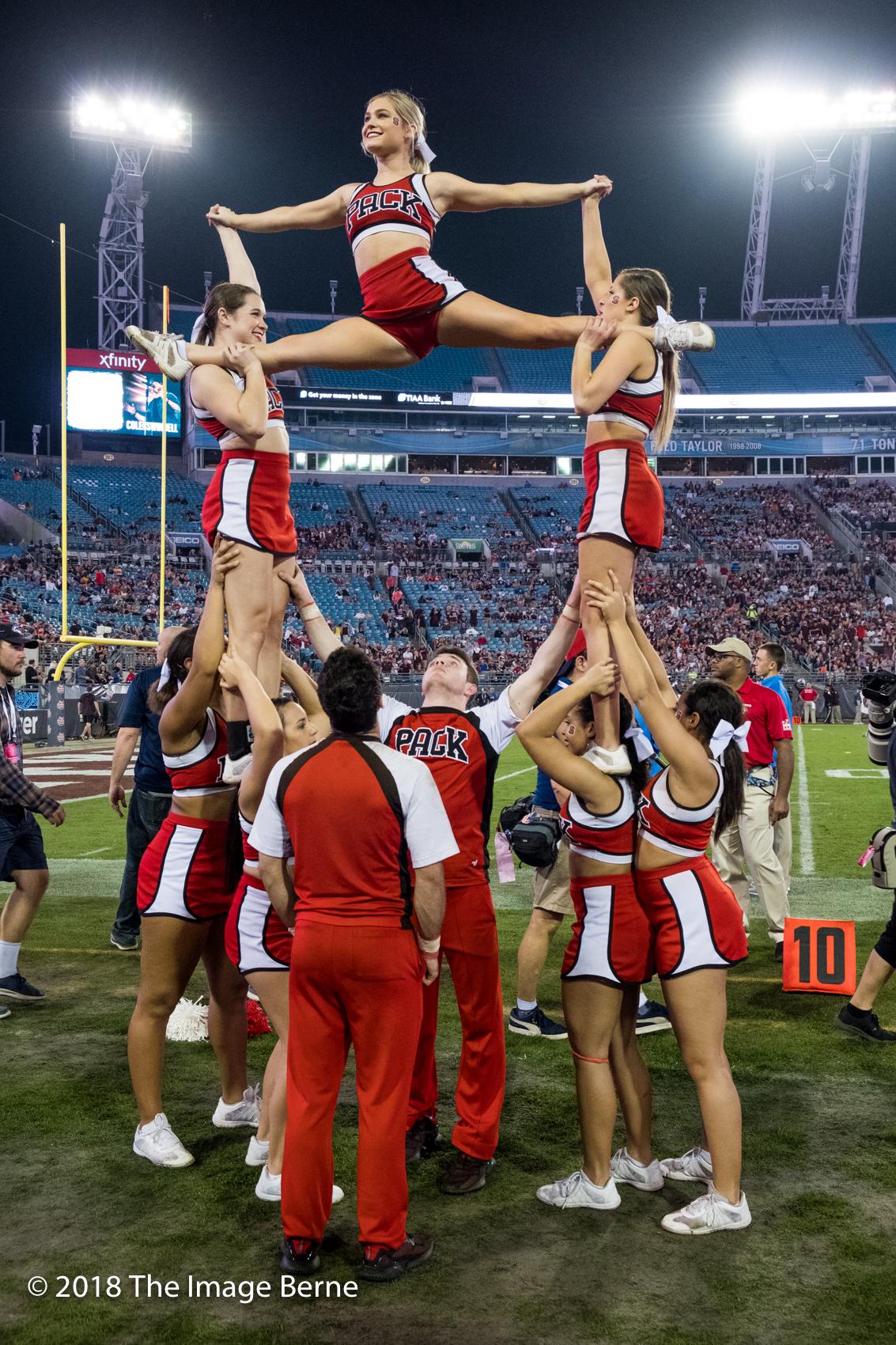 Cheerleaders-109.jpg