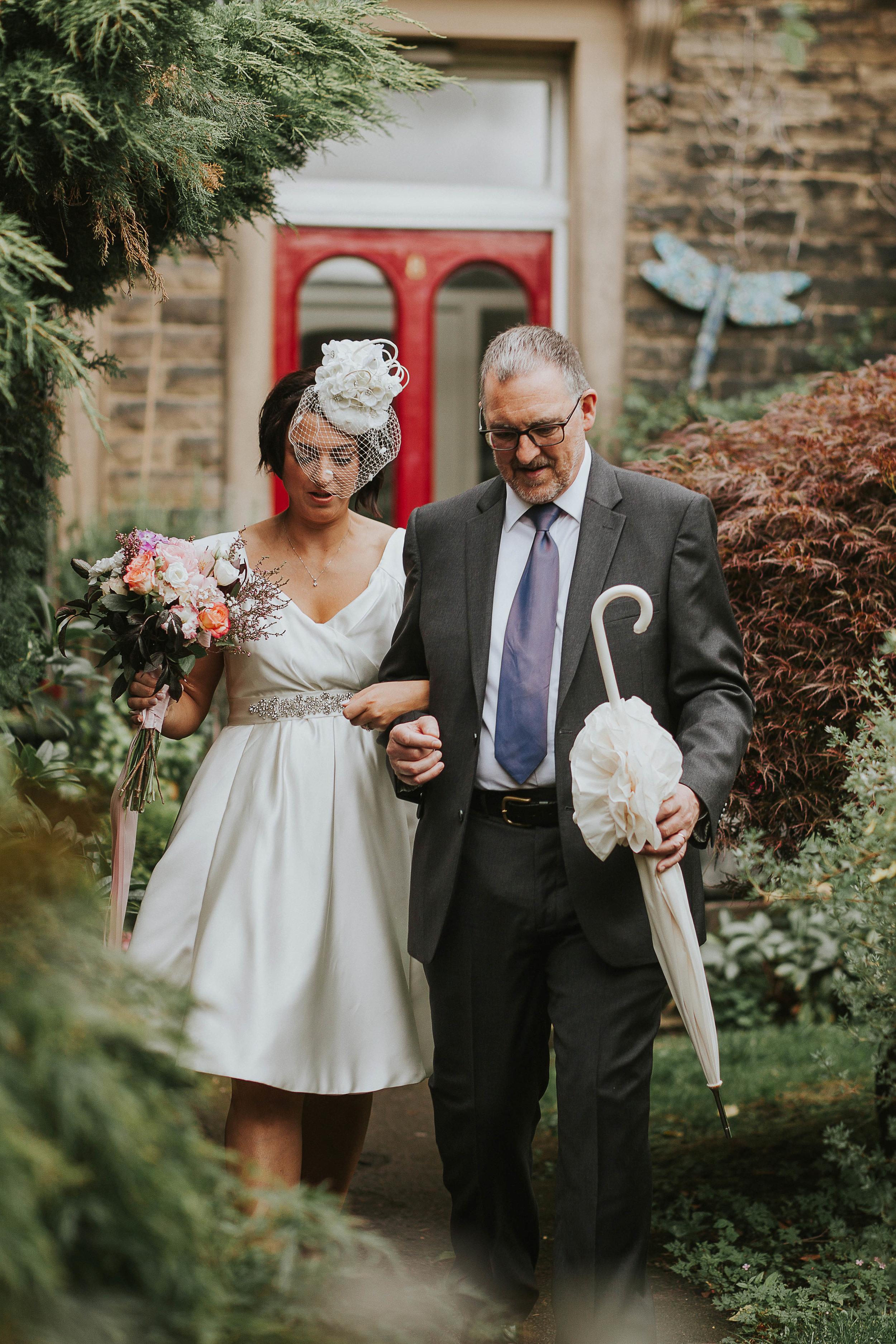 East Riddlesden Hall Wedding Photography (23).jpg