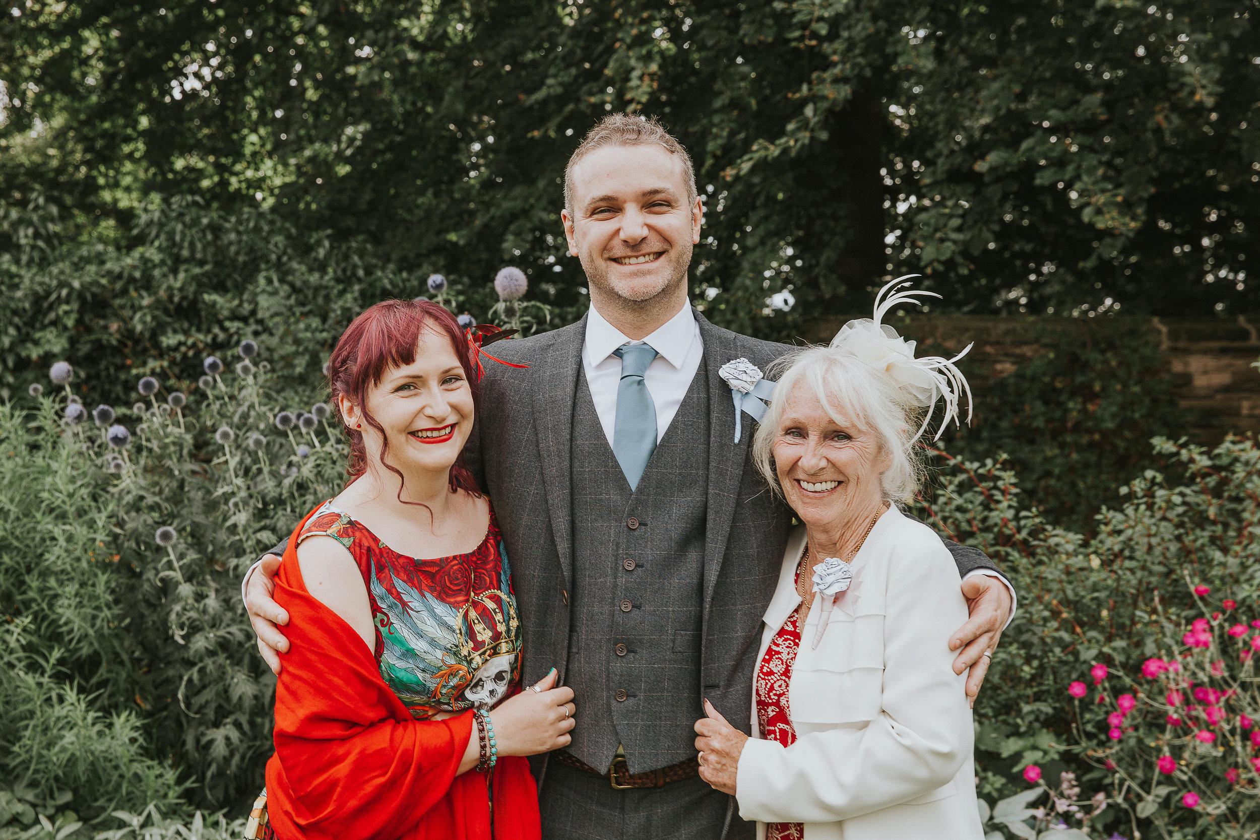 East Riddlesden Hall Wedding Photography (38).jpg