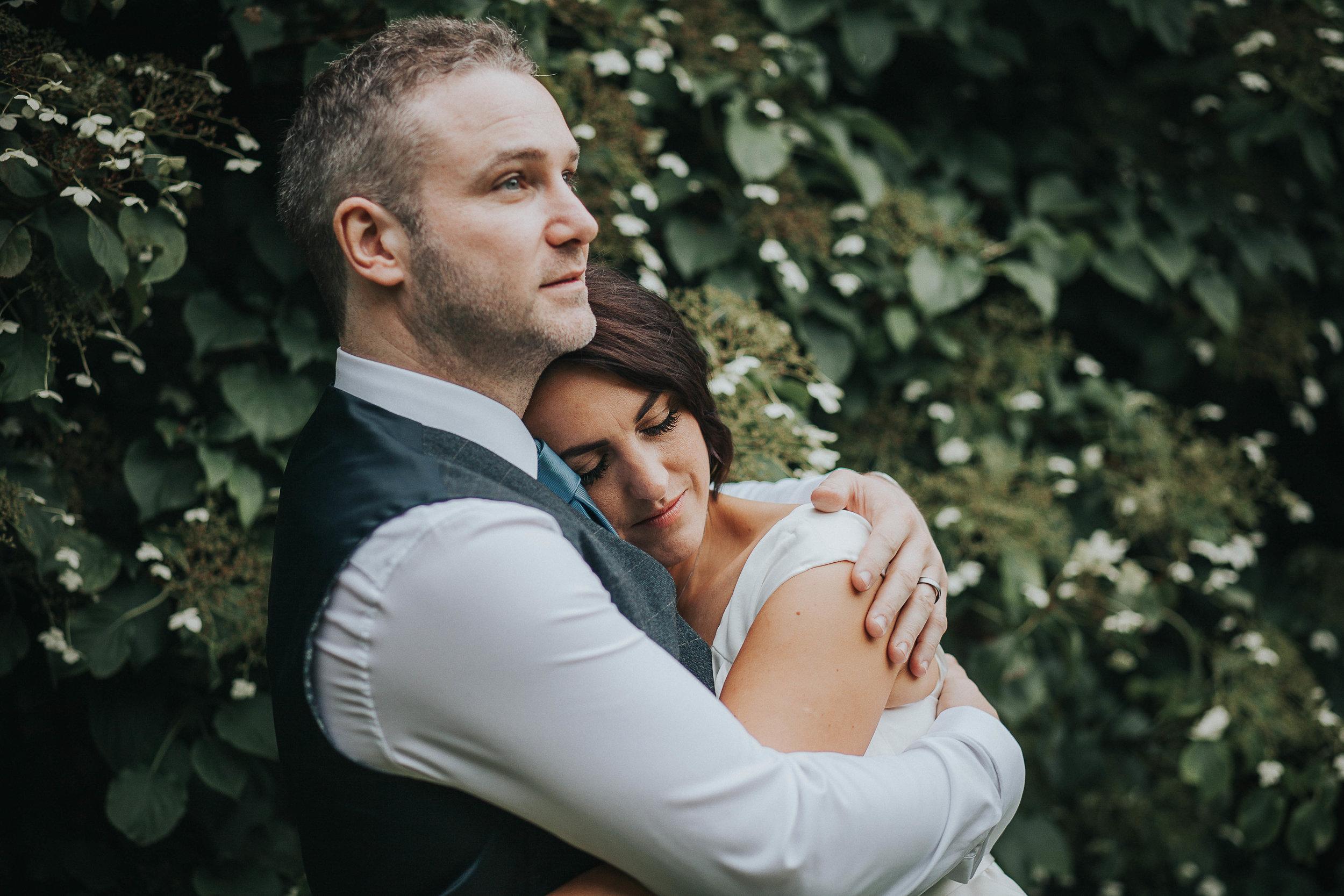 East Riddlesden Hall Wedding Photography (60).jpg